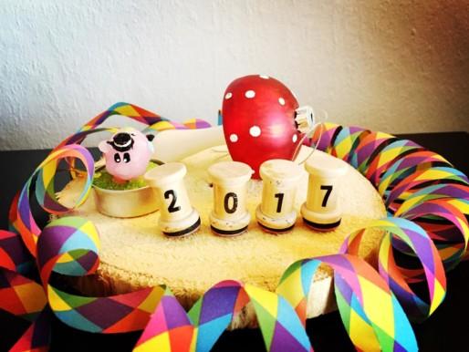 Geprüft auf Nadel und Faden – Happy New Year